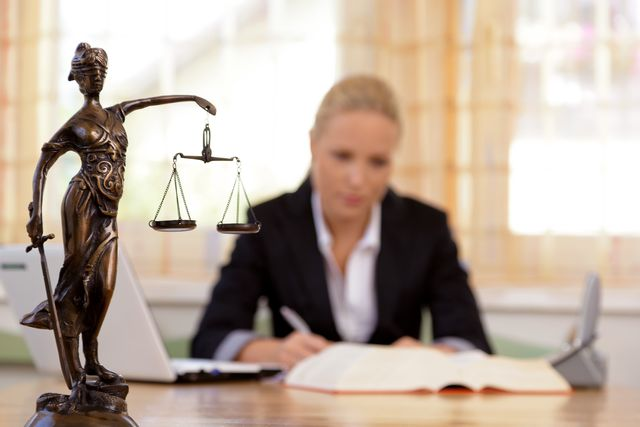 How to Become A Lawyer in California
