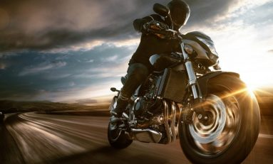 How to Keep Yourself Save when Riding a Motorcycle
